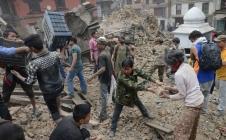 De quelle façon les satellites ont-ils aidé les secours au Népal ?